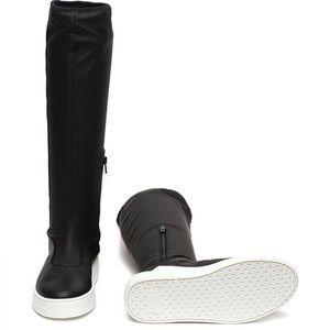 Women's Levi Mullet B Sneaker Sz 8.5